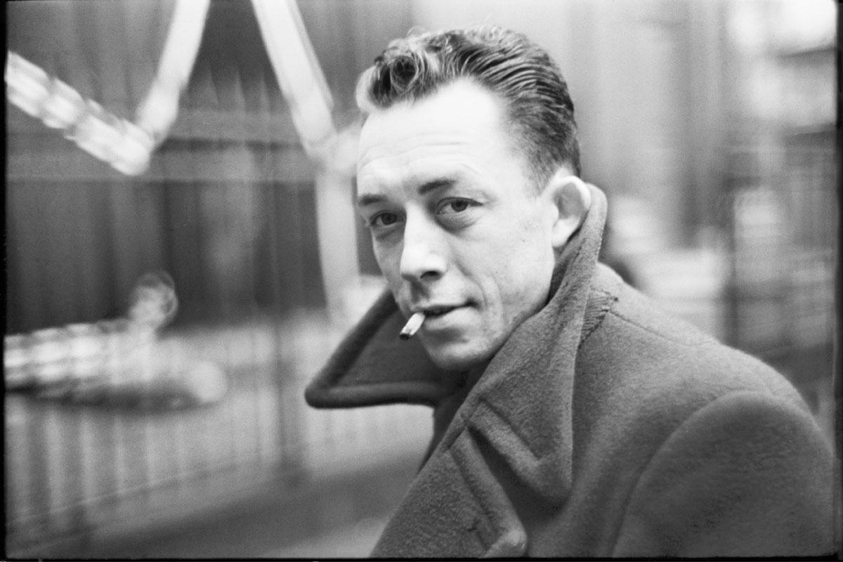 Albert Camus: Kendimi mi Öldürsem, Kahve mi İçsem?