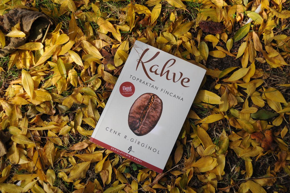 """""""Kahve - Topraktan Fincana"""" Kitabına Bir Ödül de ABD'den"""