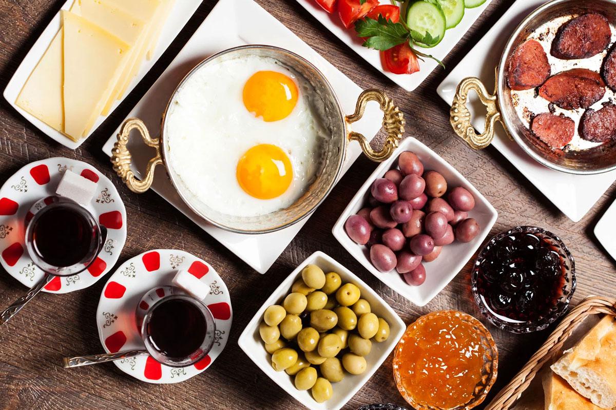 """""""Zengin Kahvaltı Geleneği Çay Kültürüyle Oluştu"""""""