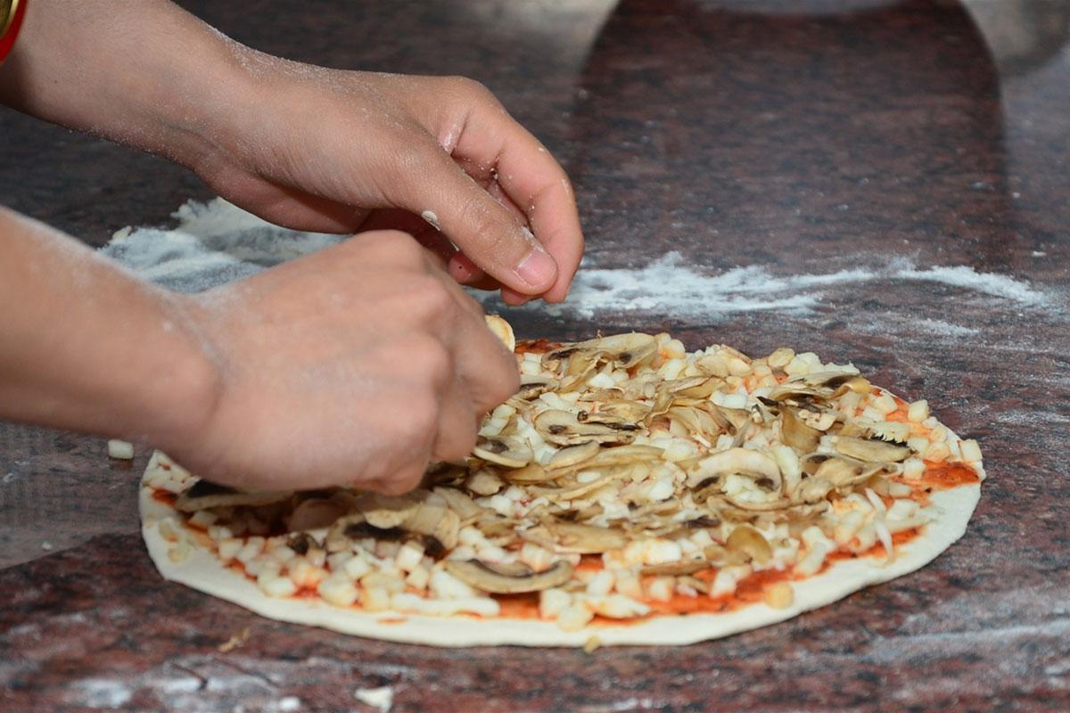Gastronomi Öğrencisi Kahveli Pizzayla Şampiyon Oldu
