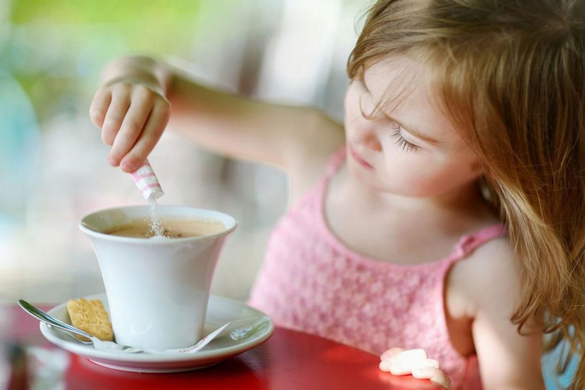 Kafein ve Çocuklar: Bir Çocuk İlk Kahvesini Kaç Yaşında İçebilir?