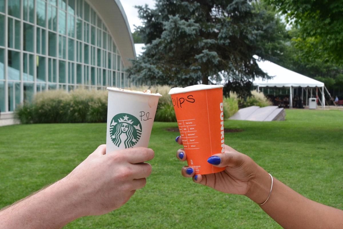CIA'in Starbucks Balkabaklı Latte Tweet'i Olay Oldu