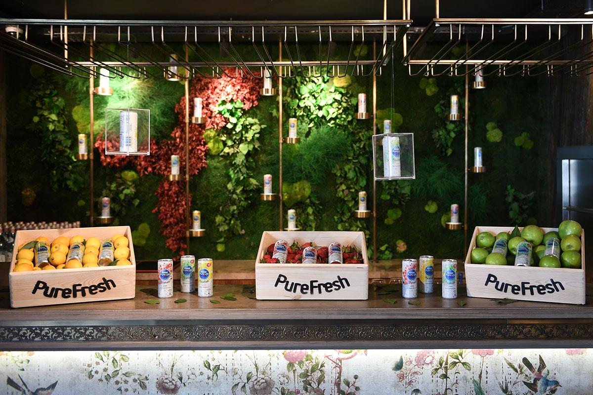 Nestlé Pure Life'ın Yeni Ürünü PureFresh Tazelik Sunuyor