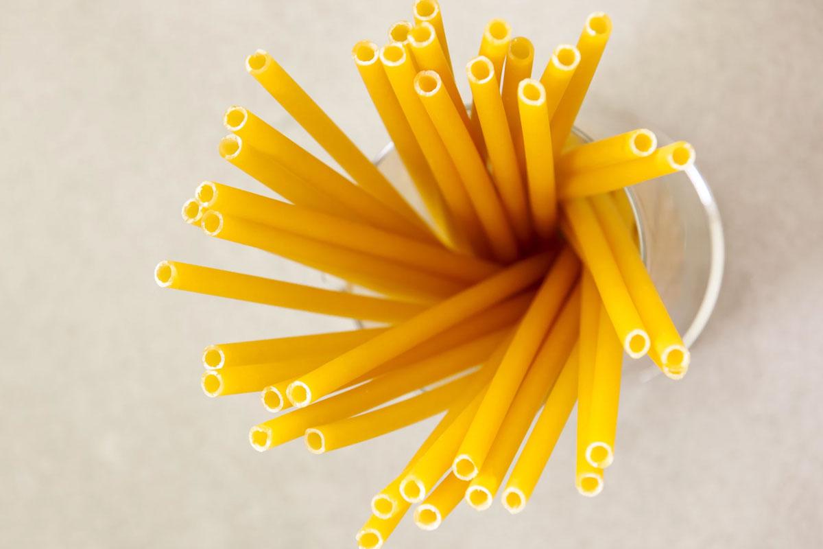 Plastik Atıkları Azaltmak İçin Makarna Pipetler