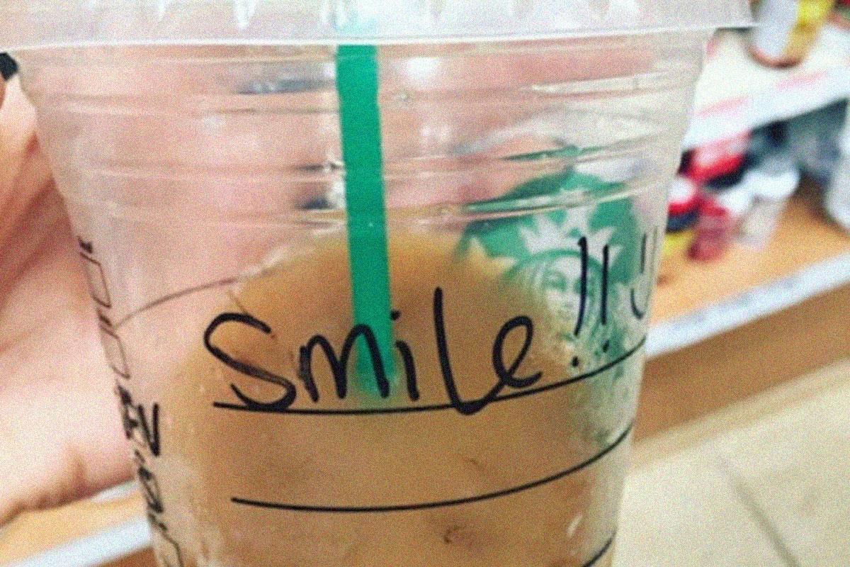 Kahvesinin Üzerine Yazdığı Notla İntiharı Düşünen Kızın Hayatını Kurtaran Barista