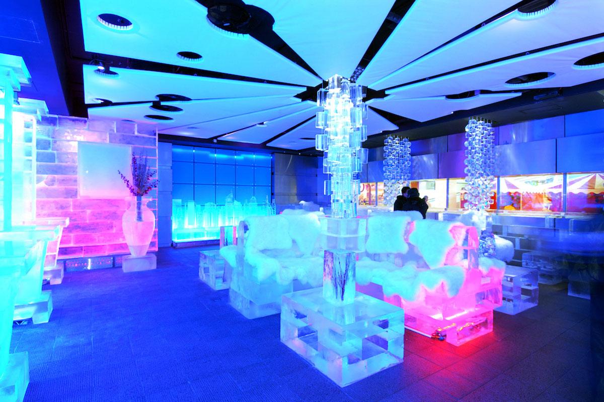 Çölün Ortasında Sıfırın Altında Bir Kafe Dubai Chill Out