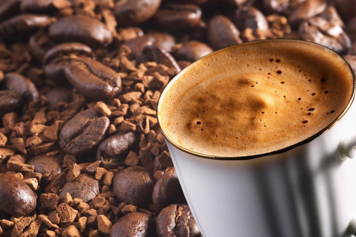 Dövüldükçe Lezizleşen Dibek Kahvesi'ne İlgi Artıyor