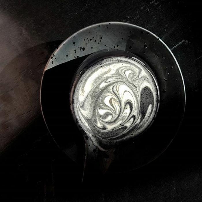 Kara Kalbimiz Gibi; Goth Latte!