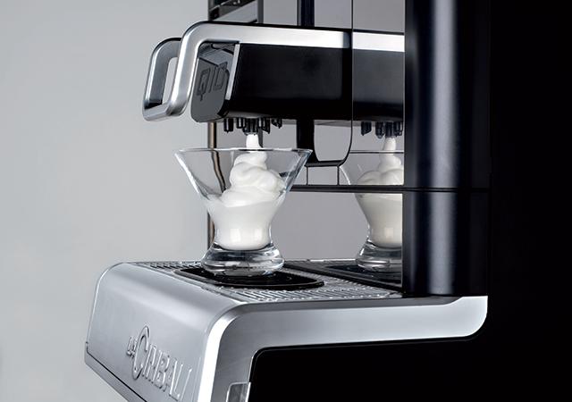 La Cimbali Q10 MilkPS 11 Tam Otomatik Kahve Makinesi