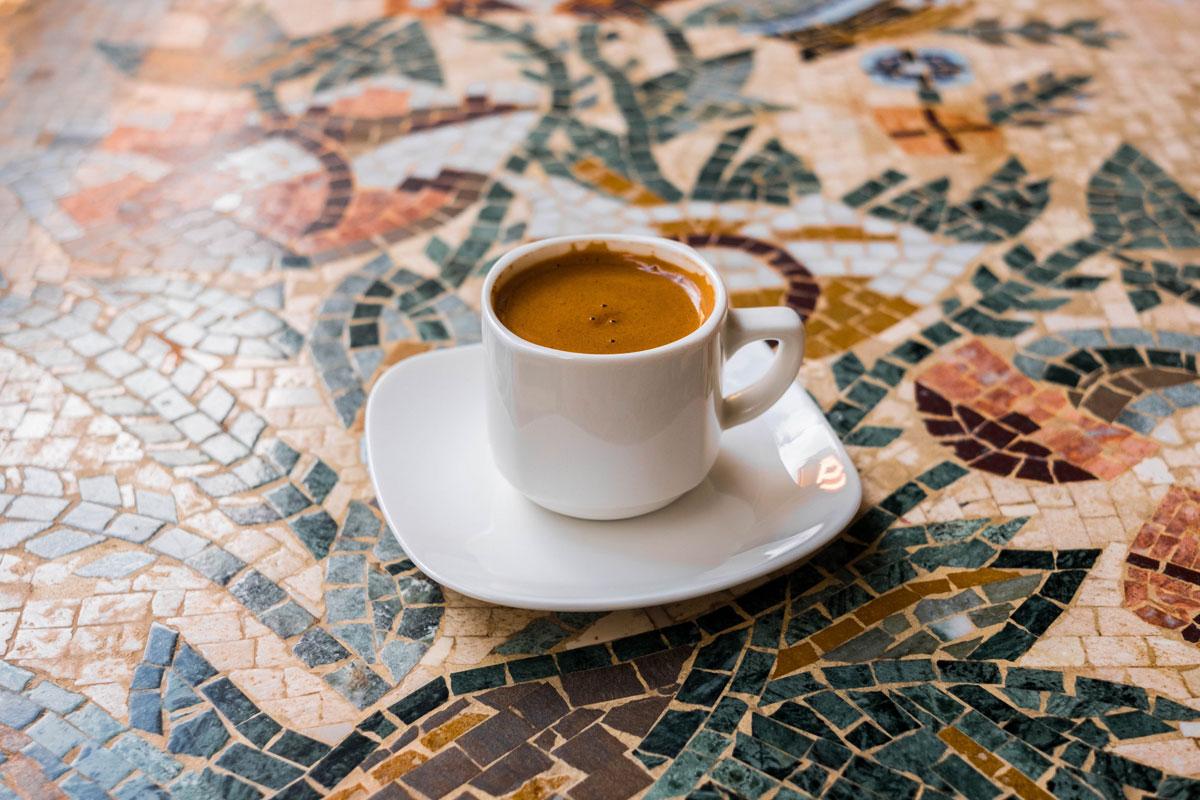 KKTC'de Kafe ve Restoranlar Açıldı