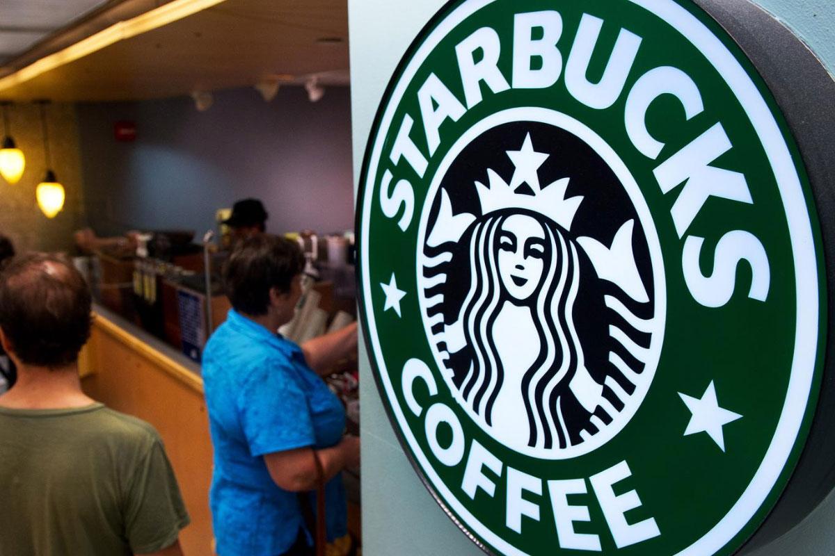 İngiltere'de Starbucks, Bardağını Getirene İndirim Yapacak