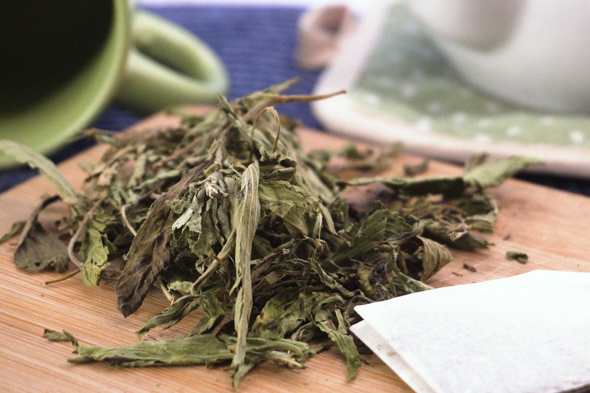Piyasadaki Bitki Çaylarından Böcek, Kaş, Kirpik, Saç Gibi Maddeler Çıktı