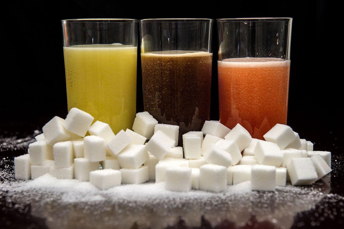 Araştırmaya Göre Şekerli İçecekler Kanser Riskini Artırıyor Olabilir