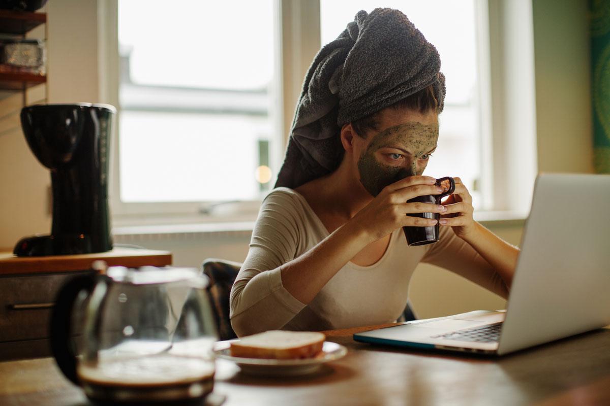 Kuru Ciltler İçin Kahve Maskesi