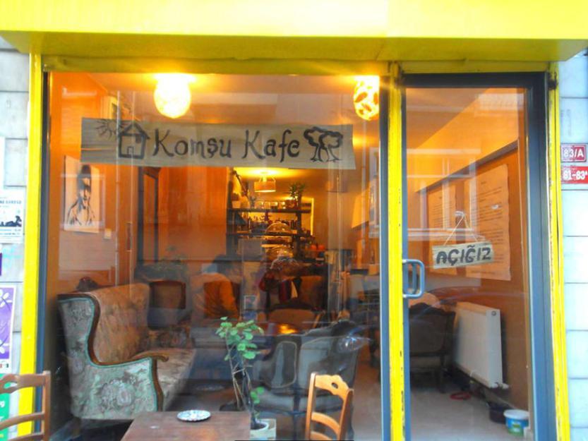 Bu Kafede İstediğiniz Kadar Ödüyorsunuz - Komşu Kafe
