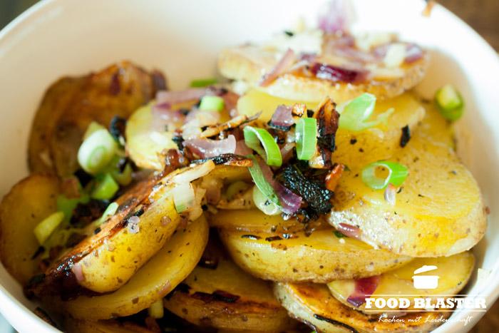 Kartoffeln und Frühlingszwiebeln
