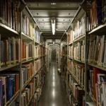 Artistas e autores do Modernismo português em revistas e catálogos da Biblioteca de Arte