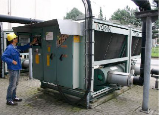 R422D was employed in the conversion of  three cooling systems at this German aluminium rolling plant