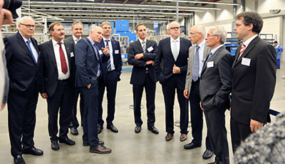 Bild2_Guided-tour-at-the-new-production-facility-in-Mulfingen-Hollenbach