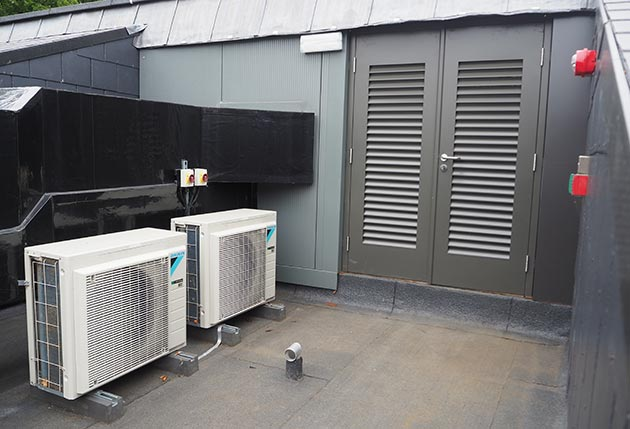 Daikin R32 keeps the servers cool - Cooling Post