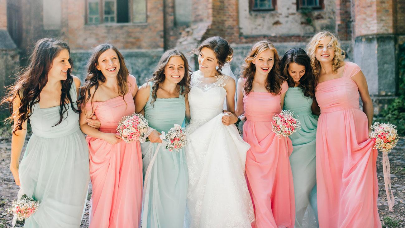 comfortul rochiilor domniosarelor de onoare