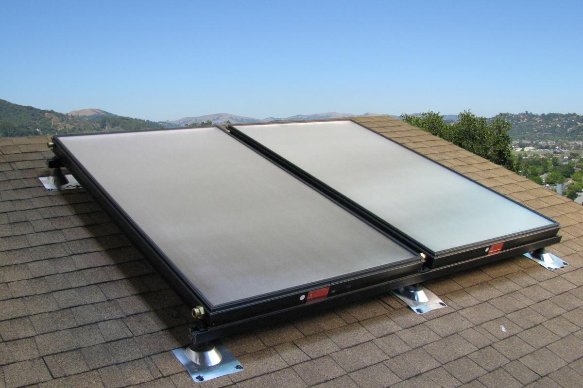 cele mai bune panouri solare apă caldă