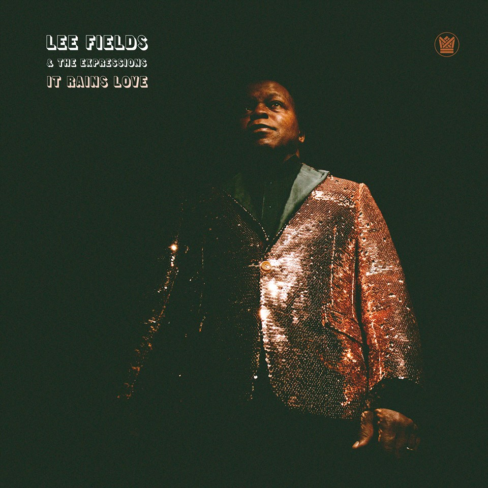 Lee Fields & The Expressions – It Rains Love (★★★★): Een hartverwarmend soulfestijn