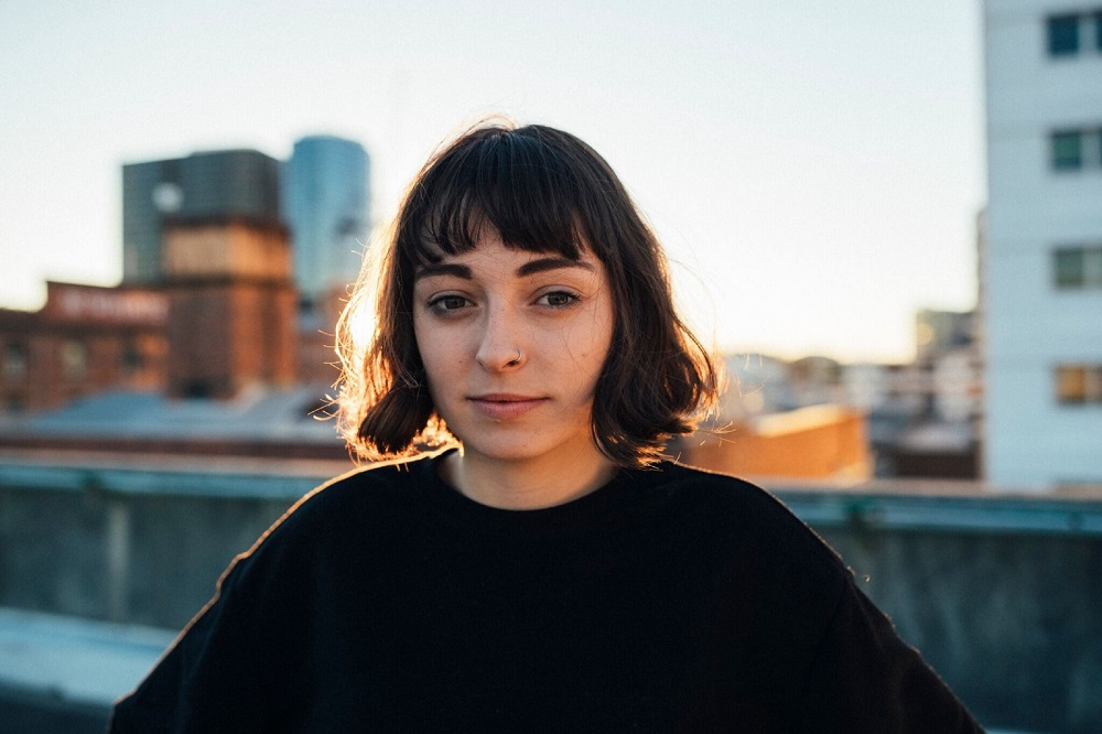 "Nieuwe single Stella Donnelly – ""Old Man"""