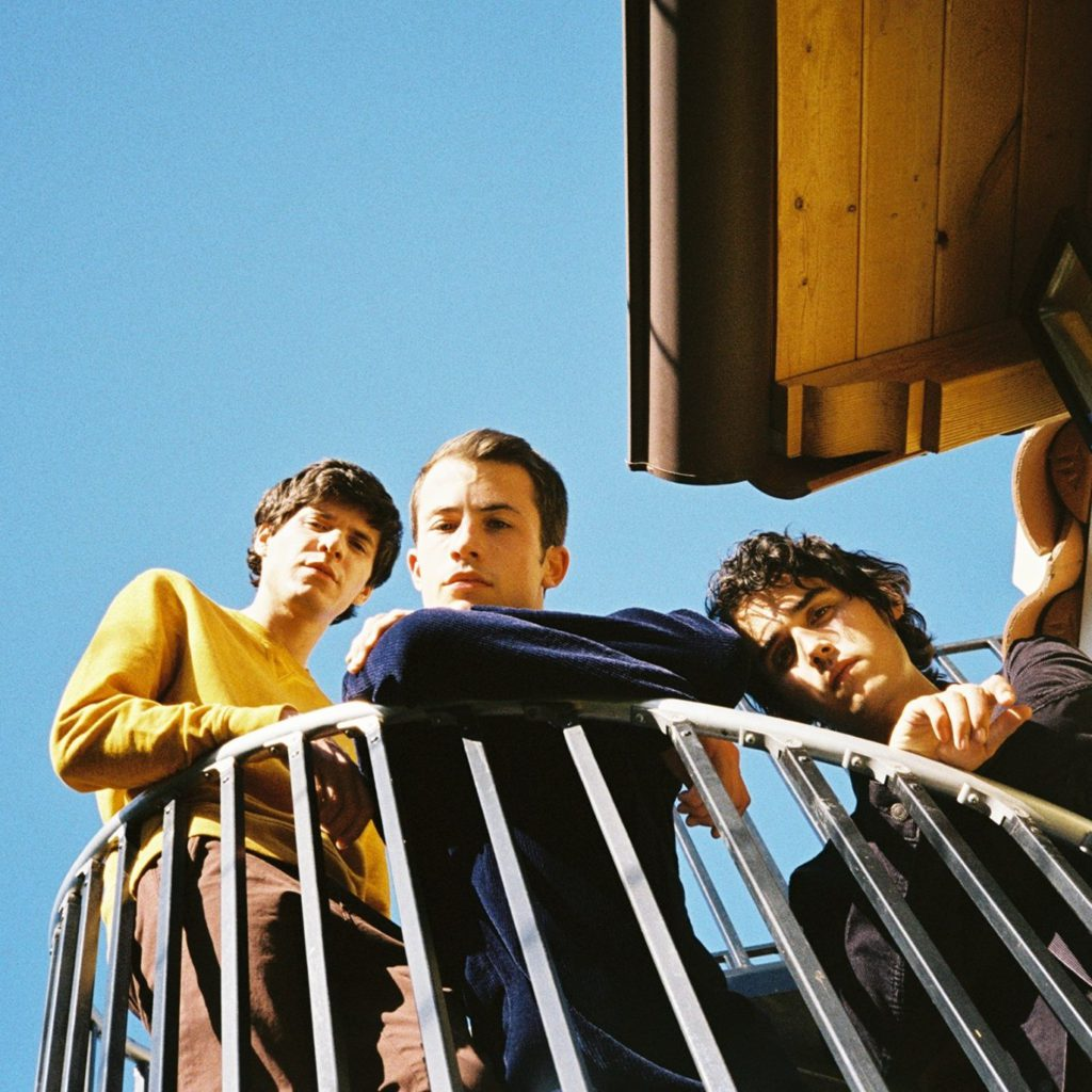 "Nieuwe singles Wallows – ""Trust Fall"" & ""Just Like a Movie"""