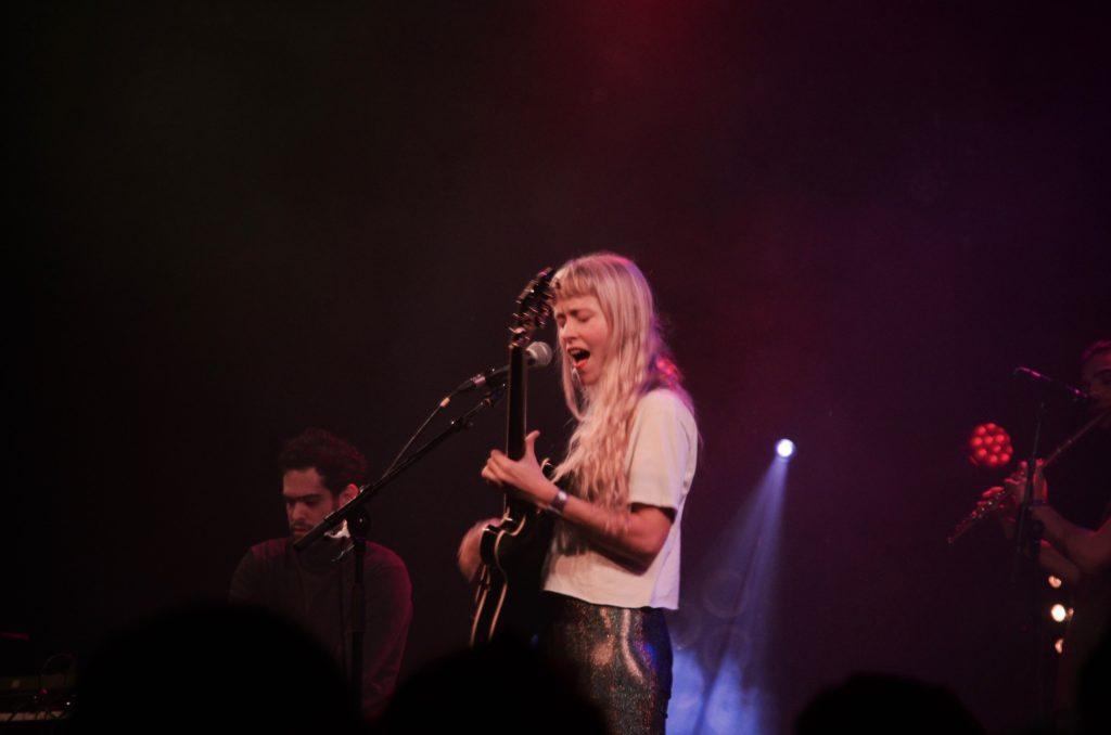 Alice Phoebe Lou – Halehan – Olmo @ Les Nuits Botanique: Van straatmuzikant naar uitverkochte Orangerie