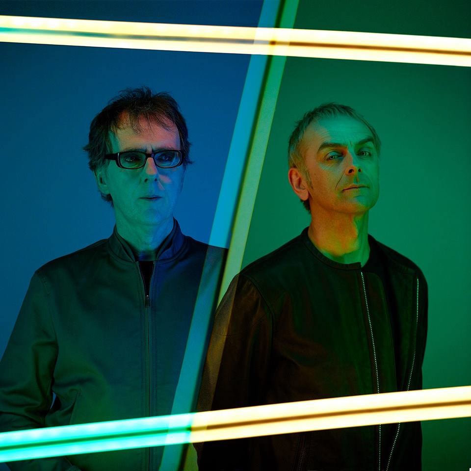 "Nieuwe single Underworld – ""Tree and Two Chairs"""