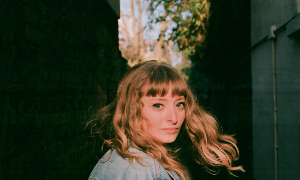 """Nieuwe single Holly Walker – """"Ballerine"""""""