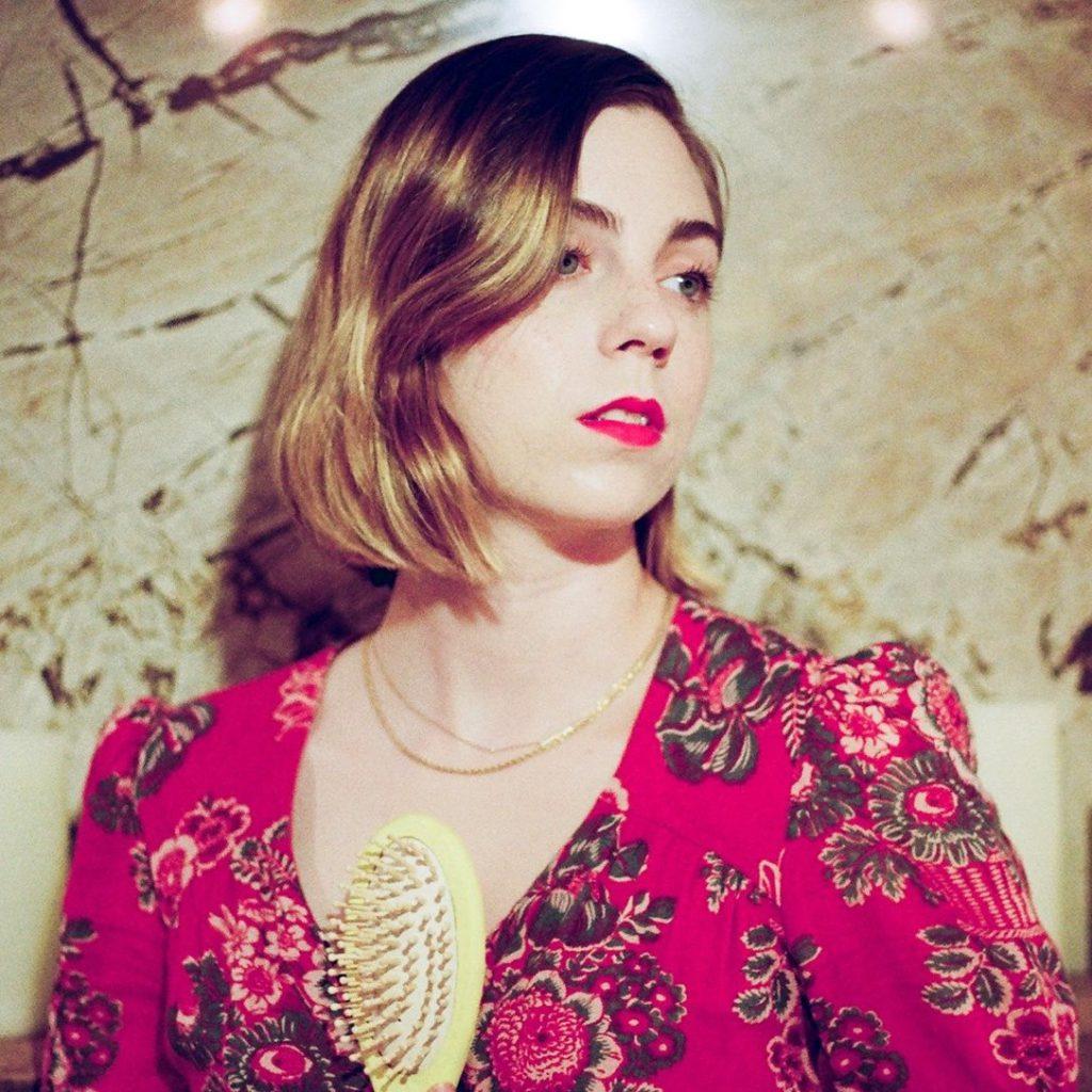 "Nieuwe single Deanna Petcoff – ""Stage Lights"""