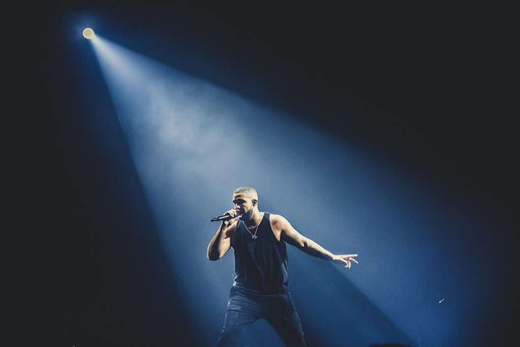 "Nieuwe singles Drake – ""Omertà"" & ""Money In The Grave"""