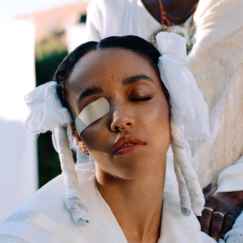 "Nieuwe single FKA Twigs – ""home with you"""