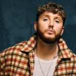 "Nieuwe single James Arthur - ""You"" (feat. Travis Barker)"