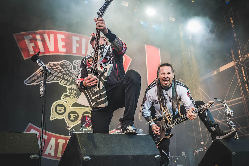 "Nieuwe single Five Finger Death Punch – ""Inside Out"""