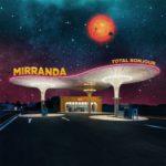 MIRRANDA - Total Bonjour (★★★): Toegankelijke retropop met karakter