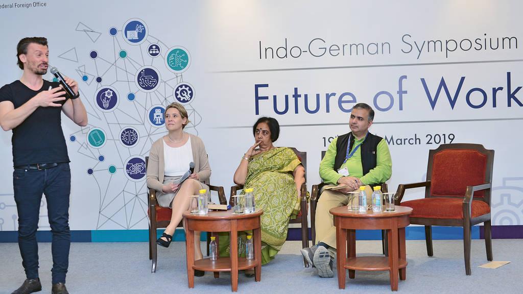 """Session """"Redesigning Workspaces"""" auf der großen Veranstaltung des DWIH Neu-Delhi zur Zukunft der Arbeit"""