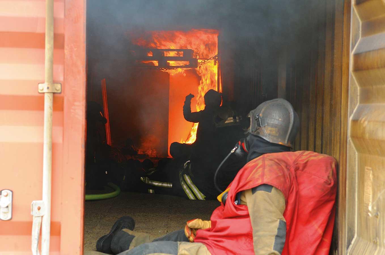 Einführung der Realbrandausbildung an einer Feuer- und Rettungswache