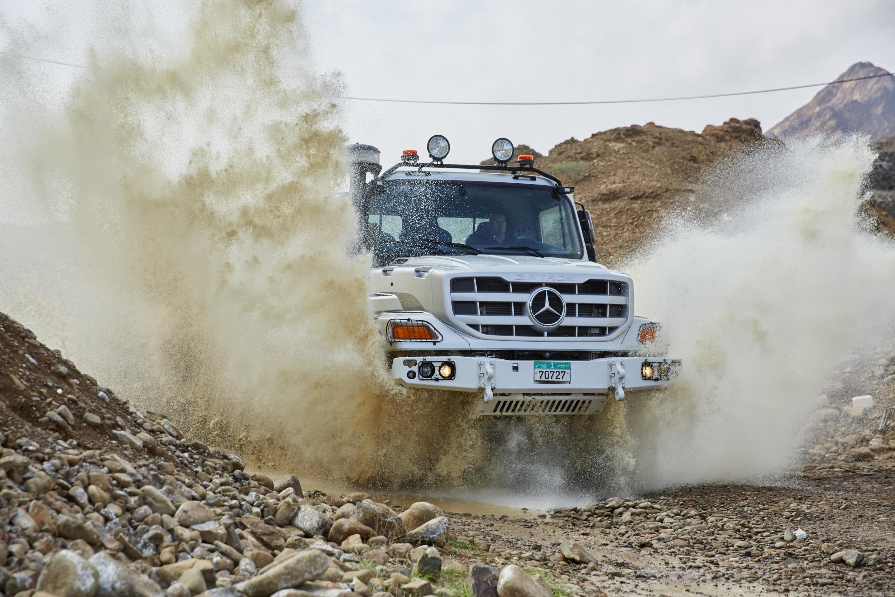 Neuer Mercedes-Benz Zetros