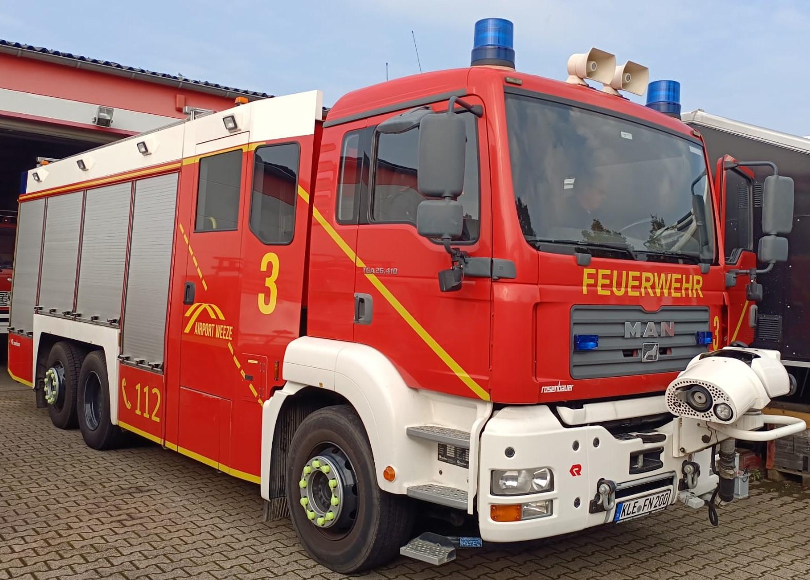 """Neues """"altes"""" HTLF 6000 für Flughafenfeuerwehr Weeze"""