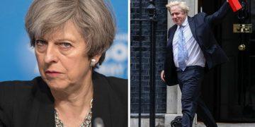 Theressa May, Boris Johnson'ın Müslümanlar hakkındaki yorumu için özür dilemesini istedi