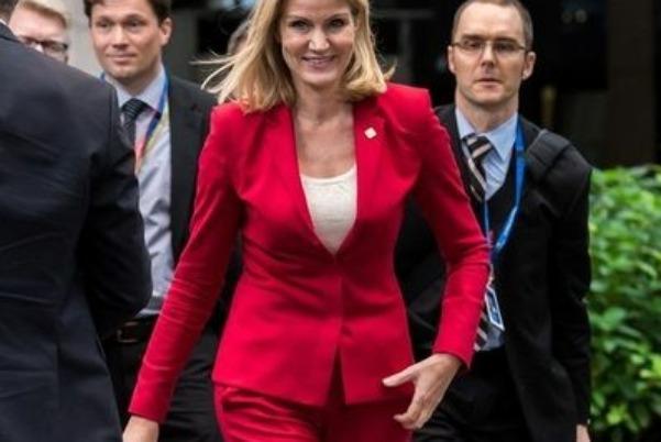 En tarz kadın siyasetçiler
