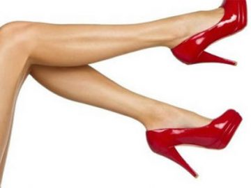 Topuklu ayakkabıları erkeklere devrediyoruz