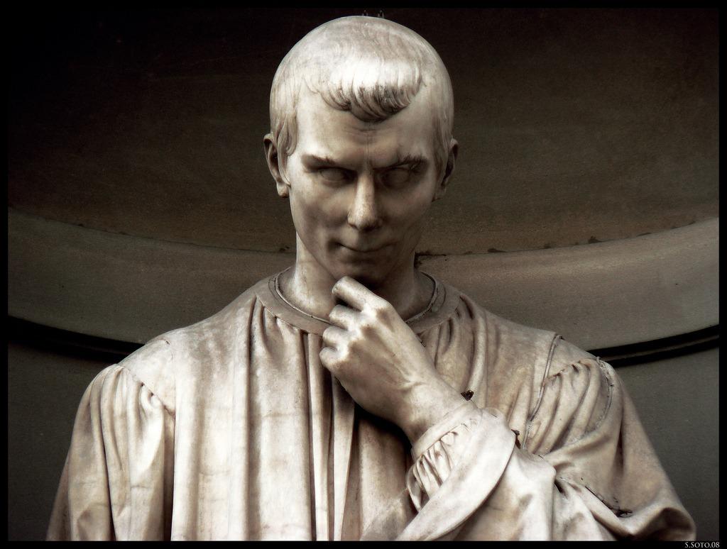 'Şeytanın Kitabını'n yazarı, askeri stratejist Machiavelli'den yüzyılları aşan cümleler!