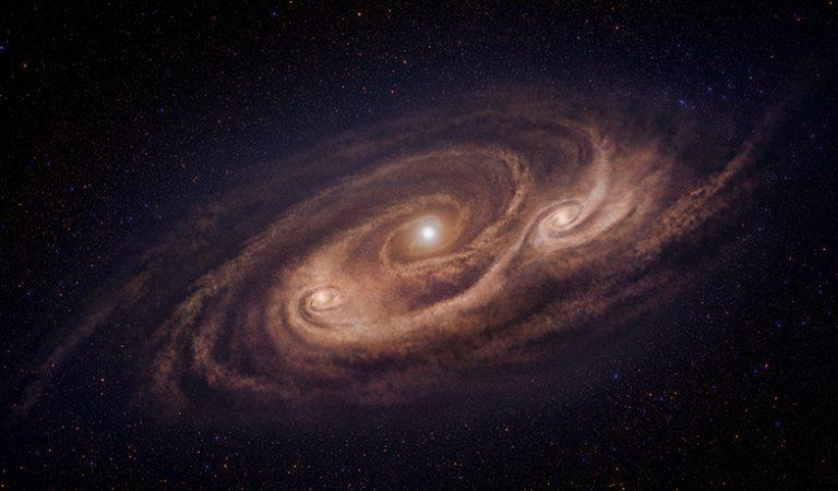 Yeni görüntüler, eski bir canavar galaksinin öfkeli yıldız oluşumunu nasıl körüklediğini ortaya koyuyor
