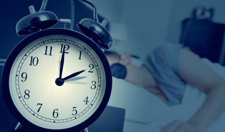 Zeki insanlar geceleri daha geç uyuyor!