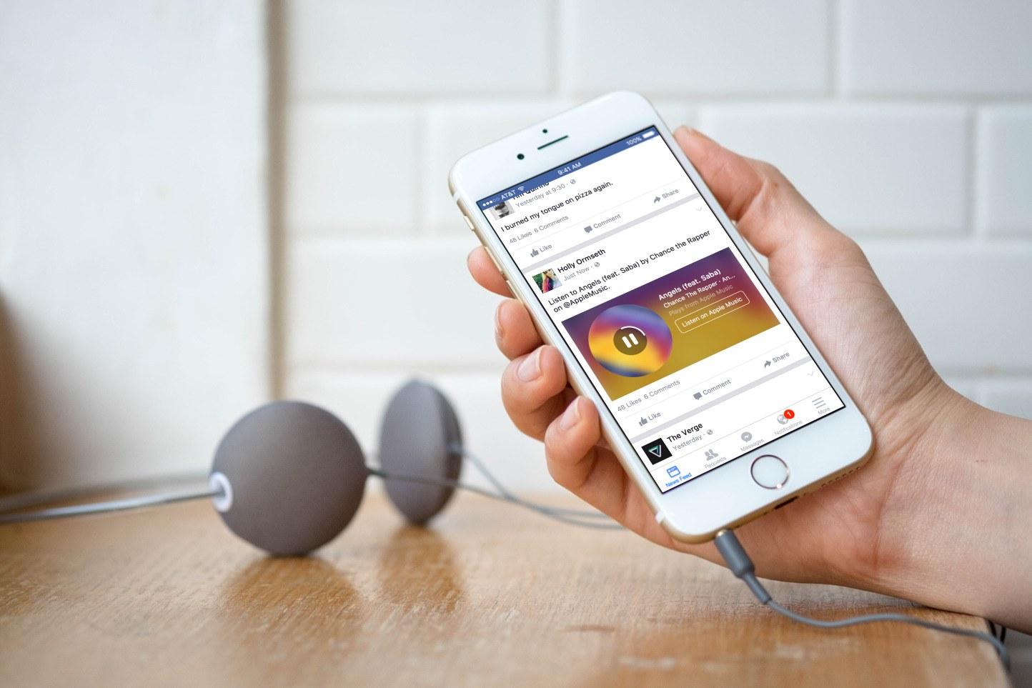 Facebook artık profilinize ve hikayenize müzik eklemenize izin veriyor