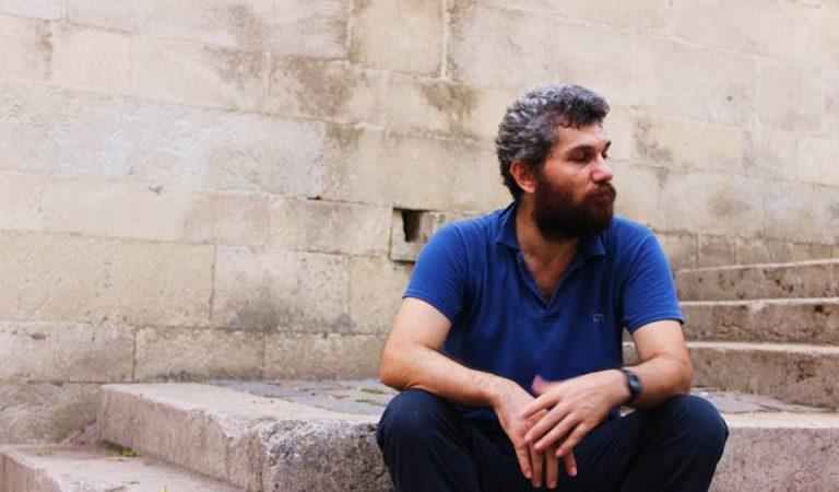 Sıradışı bir öğretmen: Osman Akyol